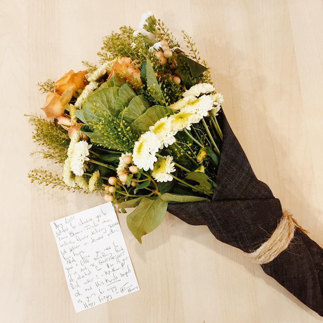 Flowers wrapped in denim might just be our new favouritehellip