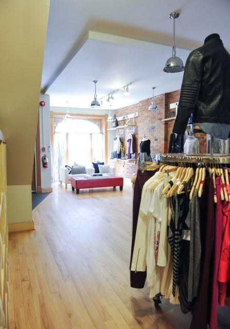 Brill showroom 7